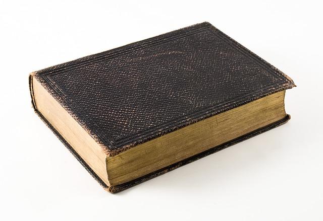 book-1991816_640