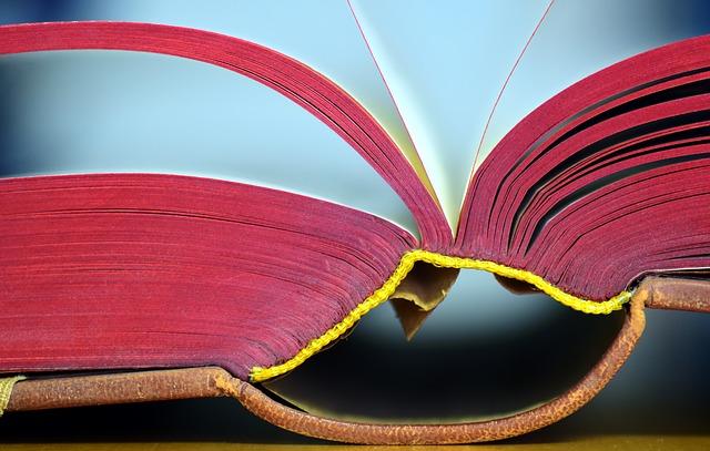book-2172224_640