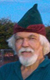 Ed-in-Wizard-hat-w153